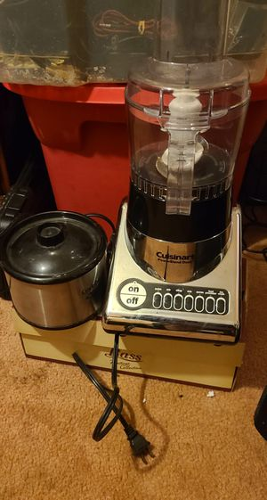 Blender & mini crock pot for Sale in Fort Mill, SC