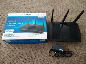 Linksys Dual Band WiFi Router for Sale in La Crosse, WI