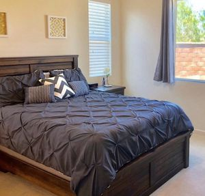 Wood Queen bed frame. for Sale in Chino Hills, CA