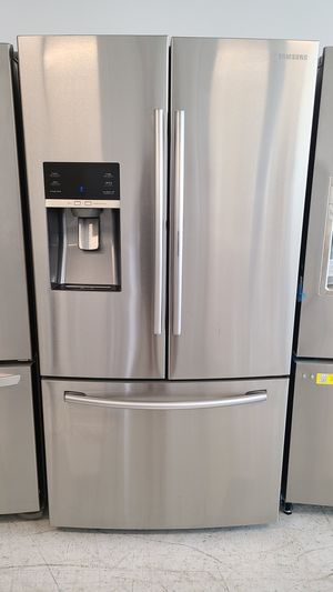 Samsung stainless steel French door refrigerator with showcase used good condition with 90 days warranty for Sale in Silver Spring, MD