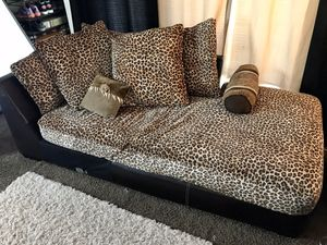 Cheetah Print Sectional Couch w/Pillows for Sale in Wichita, KS