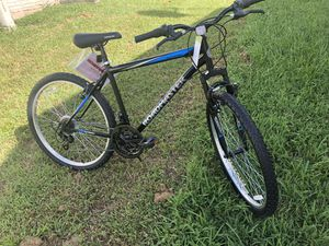 "Roadmaster Granite Peak Mountain Bike, 26"" wheels, Black/Blue for Sale in Lake Worth, FL"