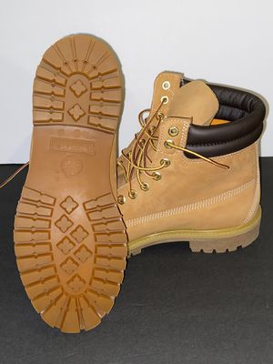 Brand New Timberland Size 10 No Box 6 Inch Boots Shoes for Sale in Hayward, CA