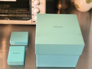 Tiffany Boxes for Sale in Roselle, NJ