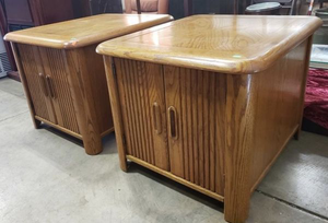 Nice Pair of Oak Side Tables - Delivery Available for Sale in Tacoma, WA