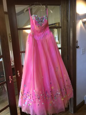 Several Evening Gowns, Bridesmaid Dresses, Homecoming Dresses For Sale for Sale in Columbus, OH