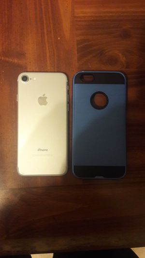 Iphone 7 trades or best offer for Sale in Madera, CA