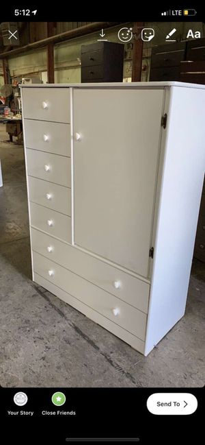 white closet $190 for Sale in Bell, CA
