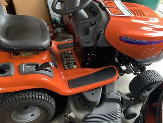 2004 Lawnmower With Low Hours Run for Sale in Port Charlotte,  FL