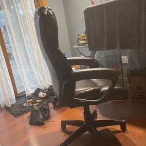 Office Chair for Sale in Minneapolis, MN