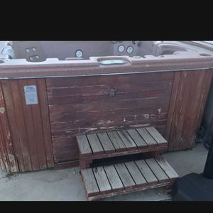 Free Spa Jacuzzi Hot Tub for Sale in Homeland, CA