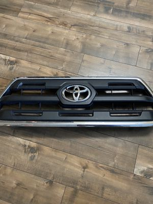 Toyota tacoma 2017 front grill for Sale in La Mesa, CA