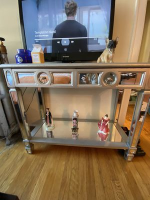 TV Stand / Table for Sale in Chicago, IL