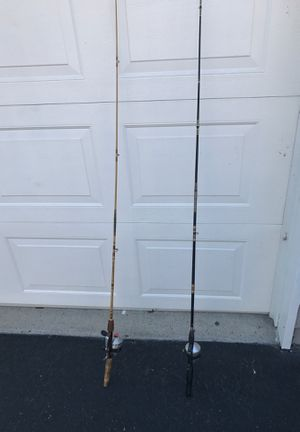 Fishing 🎣 pole with ZEBCO reel for Sale in Nashville, TN