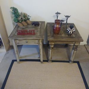 (2) End Tables for Sale in SeaTac, WA