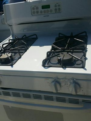 Gas stove like new for Sale in Lincolnia, VA
