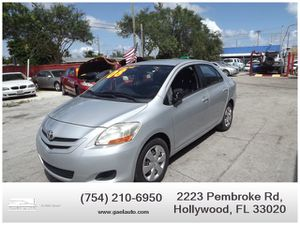 2008 Toyota Yaris for Sale in Hollywood, FL