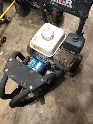 Pressure washer. Pressure cleaner. Motor honda 5 hp . Cat pump. 2900 psi for Sale in Miami, FL