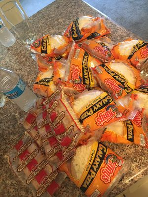 Free Pizza and other frozen microwaveable snacks for Sale in Oakland, CA