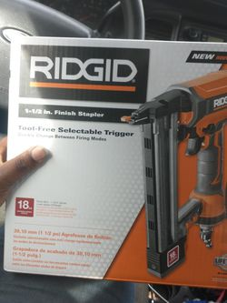 Ridgid 1-1 1/2in. Finish Stapler for Sale in Baltimore,  MD