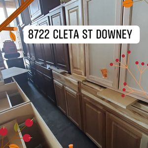 Kitchen cabinets available. Bring in your measurements. We will give u great price. for Sale in Downey, CA