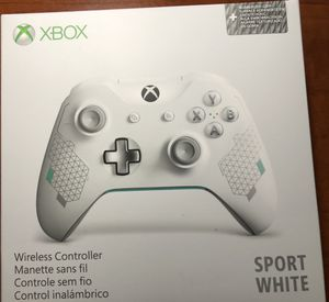 Xbox one controller sport white for Sale in Los Angeles, CA