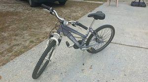 "Schwinn 24"" female bike 21 speeds for Sale in Tampa, FL"