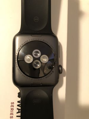 Apple watch series 3 - CRACKED for Sale in Shelbyville, IN