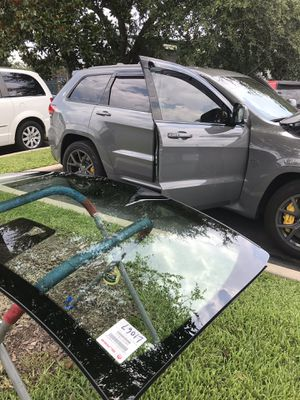 Windshield Jeep Grand Cherokee for Sale in Winter Park, FL