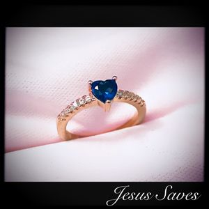 Rose Gold Tone Blue Heart Ring Size 9.5 for Sale in Fresno, CA