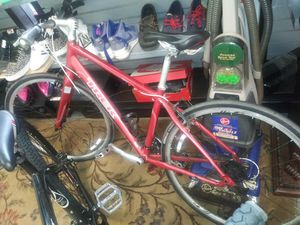 Mountain bike for Sale in North Chesterfield, VA