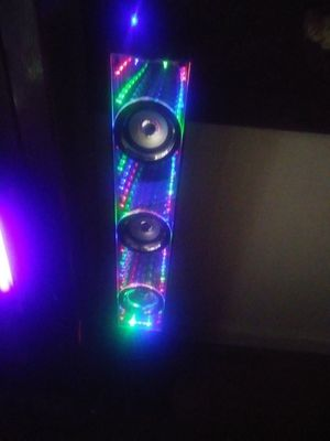 Infinity bluetooth speaker by sharper image for Sale in Miami, FL