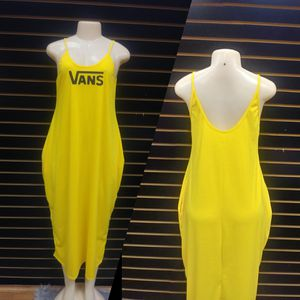 VANS DRESS WITH SIDE POCKETS🔥 for Sale in Jonesboro, GA