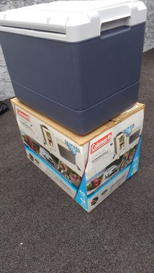 Colman Elec power chill cooler for Sale in New Rochelle, NY