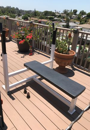 Weights commercial grade weight bench heavy duty excellent condition 160$ for Sale in San Diego, CA