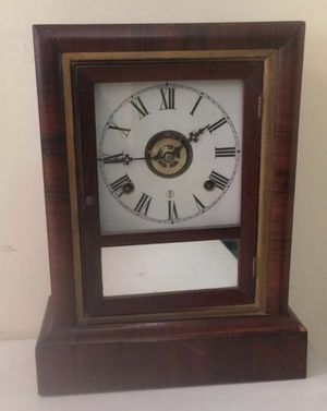 Antique Sessions Kitchen Clock for Sale in Lexington, SC
