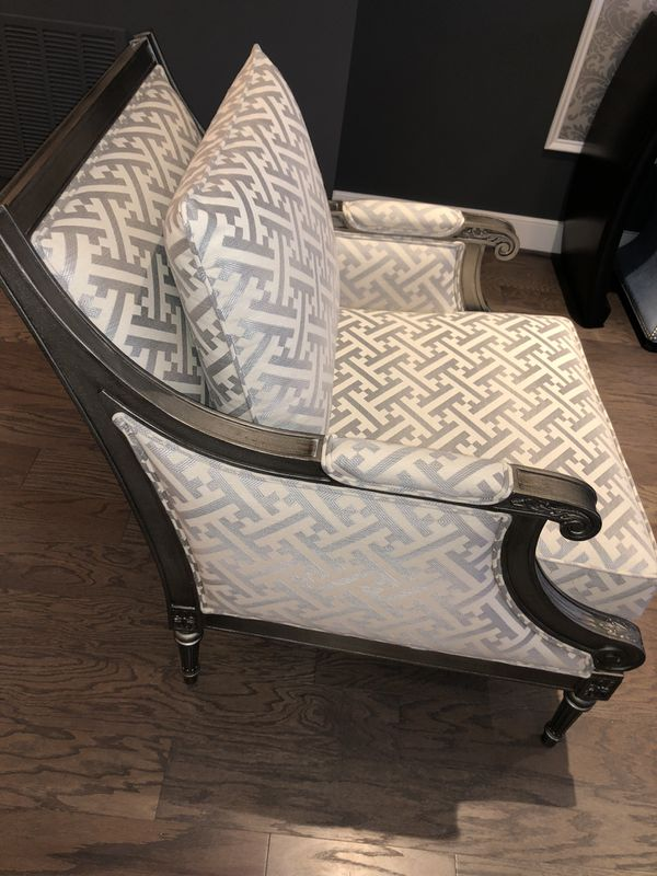 Ethan Allen Sofa, console table, coffee table, bar stools and more!