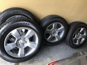 Set of 4 tires and wheels form 2018 Chevy Silverado 275/55/r20 for Sale in Geismar, LA