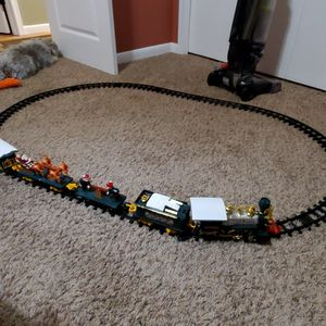 Toy State Musical Christmas Train Set for Sale in Saint Paul, MN