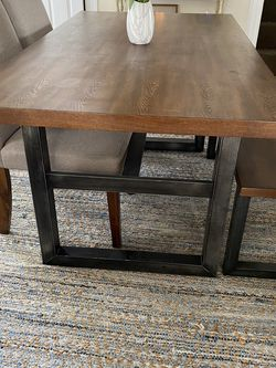 Universal Dining Table for Sale in Medford,  MA
