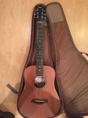 Lefty Taylor travel guitar for Sale in New York, NY