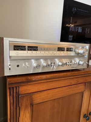 PIONEER SX-880 STEREO RECEIVER VERY GOOD WORKING CONDITION !! for Sale in Hallandale Beach, FL