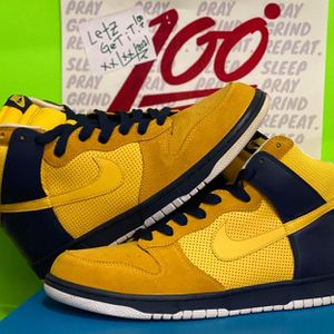 Nike dunk High golden State Warriors '08 like New for Sale in Queens, NY