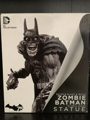 DC Collectibles Batman Statue for Sale in Fresno, CA