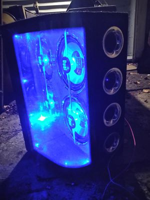 Dual brand light up speackers for Sale in Cleveland, OH