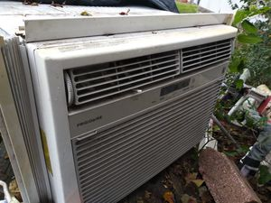 Window AC unit for Sale in Prairie View, TX