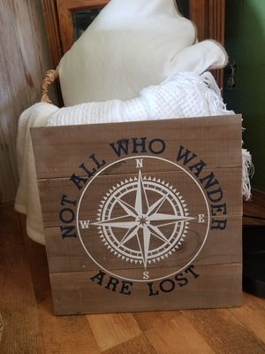 Wooden sign for Sale in Lancaster, OH