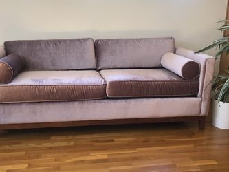 Gorgeous Lilac Velvet Couch for Sale in Los Angeles,  CA