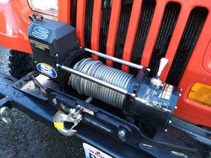 Superwinch LP8500 Jeep Winch & Smittybilt Mount for Sale in Duvall, WA
