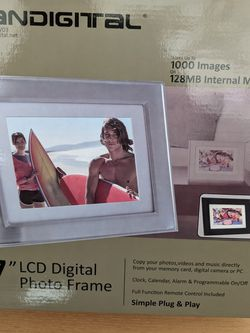 """LCD Digital Photo Frame 7"""" Display for Sale in Des Plaines,  IL"""